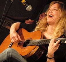 The Les Paul Legacy Event Series Presents: An Online Guitar Workshop With Muriel Anderson