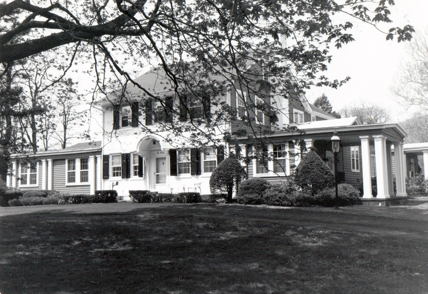 Black and white photograph of the Sheffield House from the street